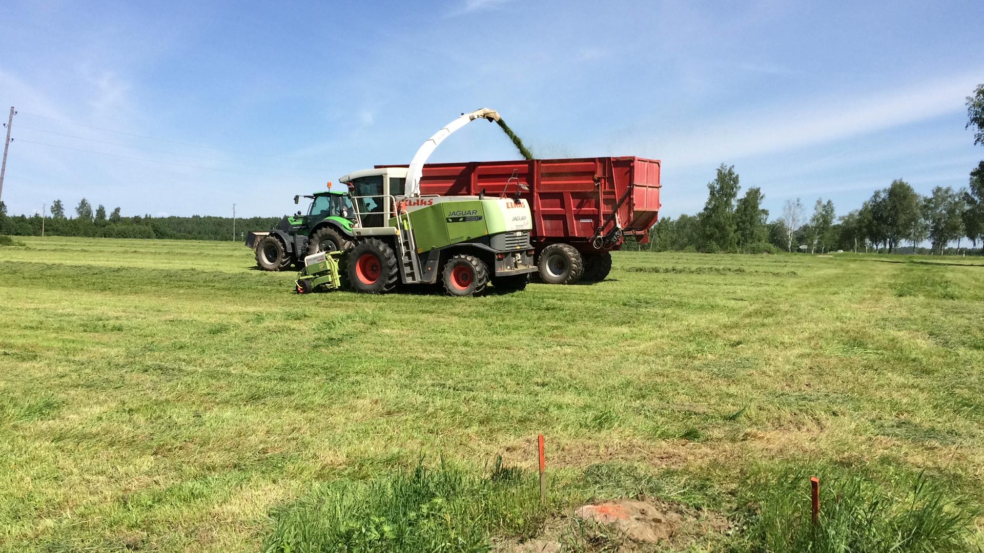 сельхоз техника производство Разбрасыватель твердых органических удобрений